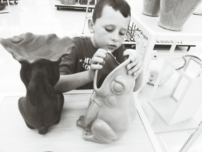 Light And Shadow Blackandwhite Ilovemykids Fun Popular Photos Pretending My Son <3 Blacknwhite_perfection Froggie Playtime!