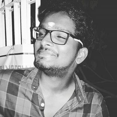 Candid shot 😍 Photo Courtesy: @vijaygokulkrisknan Candidshot Noshavenovember November Innomad Designer  Friday Temple Devotional Biker Chennai Mogappair Lookgood Ride Casuallook