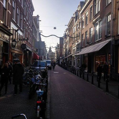 The phenomenal streets of Amsterdam! Contiki Amsterdam