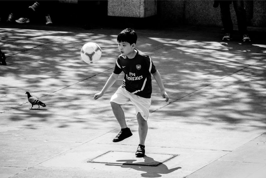 Creative Light And Shadow Streetphotography Blackandwhite Streetphoto_bw Monochrome Eye4photography  Football Sports The Street Photographer - 2015 EyeEm Awards The Action Photographer - 2015 EyeEm Awards Up Close Street Photography