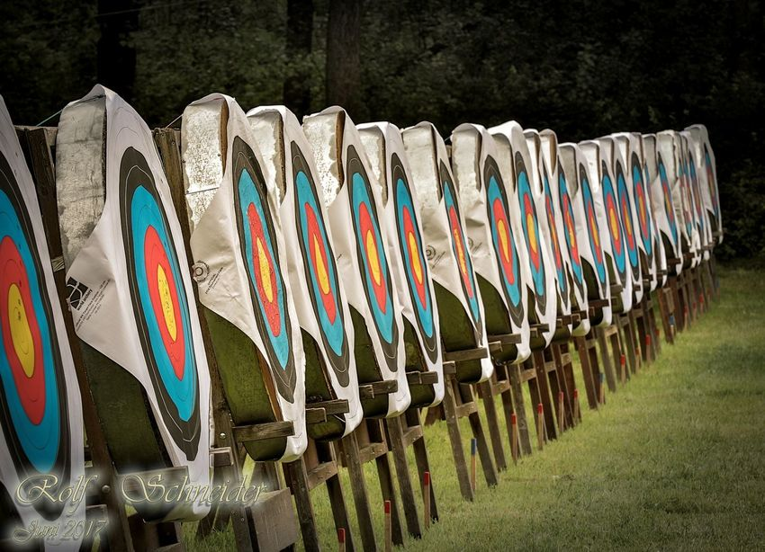 Bogensport RSV Radeberg In A Row Large Group Of Objects Variation AWARD Military Sport No People