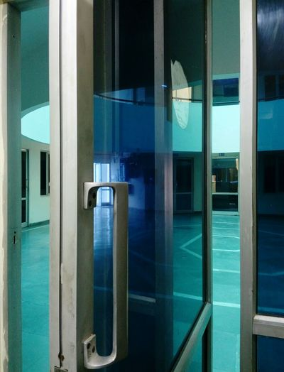 Door Room Architecture Transparent Reflection Full Frame No People Inside To Outside Indoor To Outdoor SSClickPics SSClicks Mobile Photography