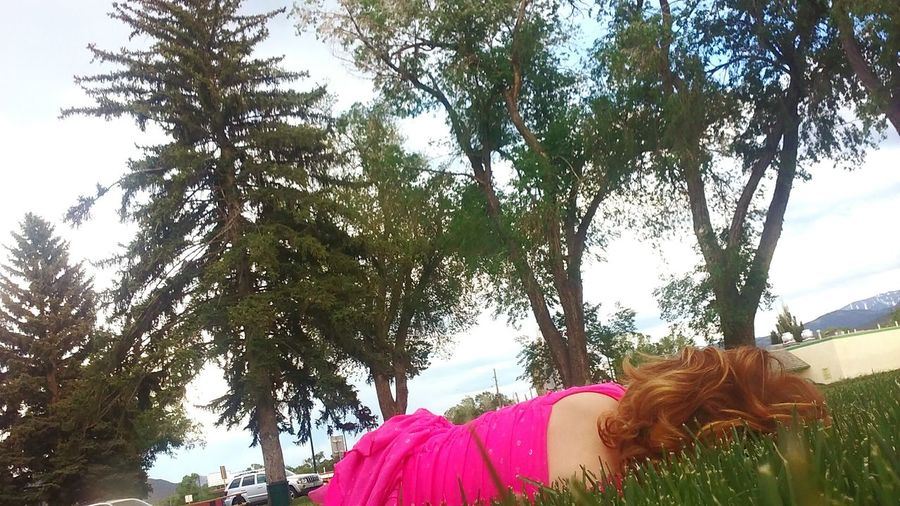 At The Park EyeEmBestPics Colorado Relaxing Beautiful Tori Grass Young Pivotal Ideas Landscape Beautiful Tori Worn Out What Who Where Enjoy The New Normal Chance Encounters Exploring Style