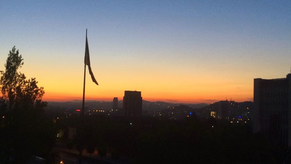 Gundogumu Sabah Güneşi Gökyüzümavituruncu Renklerinahengi Yorgunluğuma Gülümsüyor Sakinlik Dogadan Bulutlar Finallertemalı