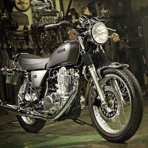 Yamaha 400 Classic Style