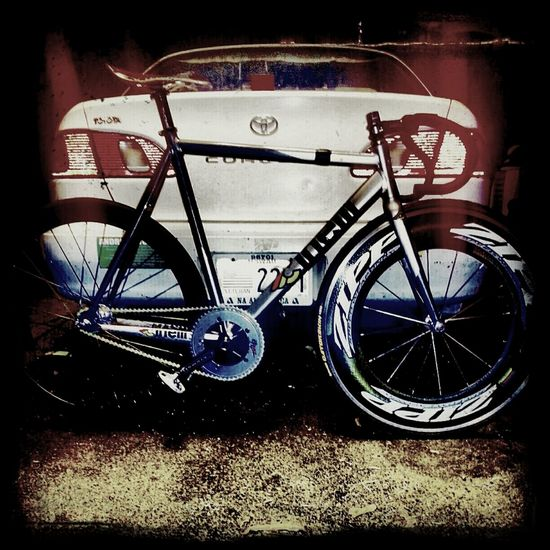 #fixedgear Biking Photography Fixed Gear Hawaii Photooftheday Cinelli Ibike Trackbike Zipp Fixeddaily Cycling