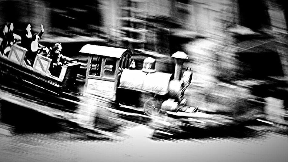 Disney Bigthundermountain Black And White Collection  EyeEm Bnw Black&white Blackandwhite Monochrome EyeEm Best Shots - Black + White Streetphoto_bw Relaxing