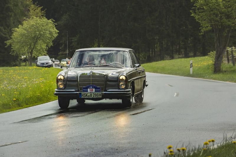 Brilon, Germany - May 13th in 2017: Oldtimer Sauerland round trip Asphalt Car, Chrome Competition Country Road Excursion Festival Journey Old Cars Oldtimer, Outdoors Participation Ps Rain Rally Road Round Trip Rundfahrt Sauerland Street Wet Wetlands Mercedes Mercedes Benz Mercedes Benz 280 S E