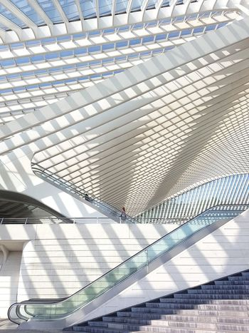 Architecture Pattern Shadow Full Frame Built Structure No People Day Indoors  Close-up Architecture Photography Photooftheweek The Way Forward Picoftheday Photooftheday Architecture Architecturelovers Architecture_collection Architecturephotography Pictureoftheday From My Point Of View Futuristic Train Station Modern The Architect - 2017 EyeEm Awards