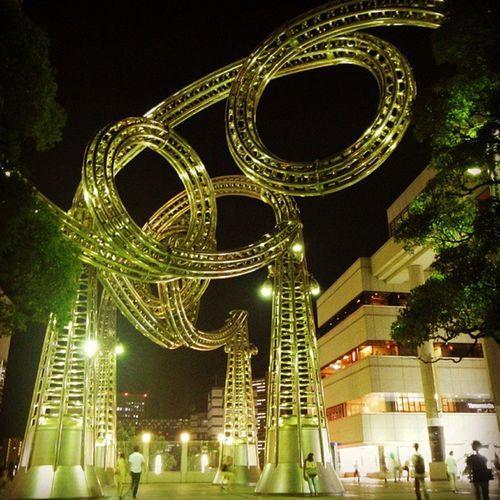 モクモク ワクワク ヨコハマ ヨーヨー モクモクワクワクヨコハマヨーヨー 彫刻 横浜 みなとみらい mokumokuwakuwakuyokohamayoyo sculpture yokohama minatomirai