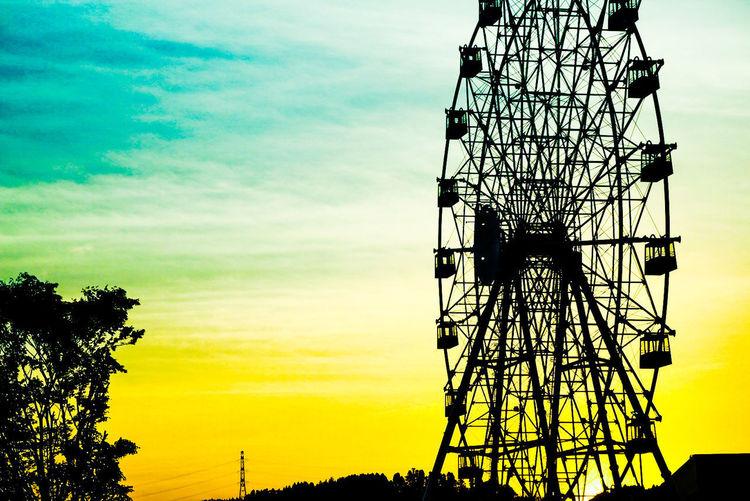 Ferris Wheel 観覧車 夕暮れ時の観覧車 夕暮れどき