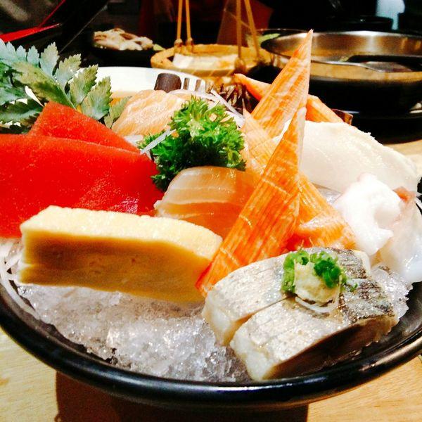 Japanese food Food Freshness Table Appetizer Sashimi  Fish Salmon Sashimi Stiil Food Sashimi Set Meal Salmon Grill Sashimi Sushi Cooked Plate Still Life Egg Salmon Salad Sushi Squid