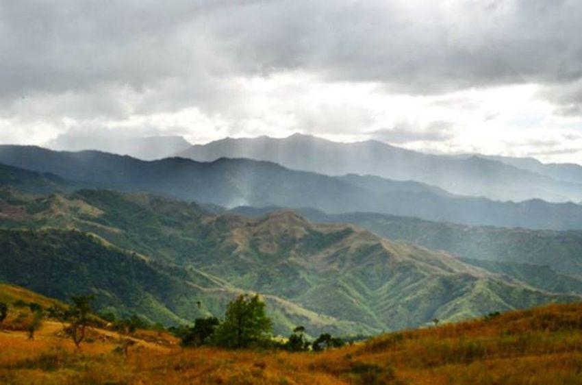 Sierra Mountain Range Mtbalagbag Naturephotography Sunrays Phmountains Nature