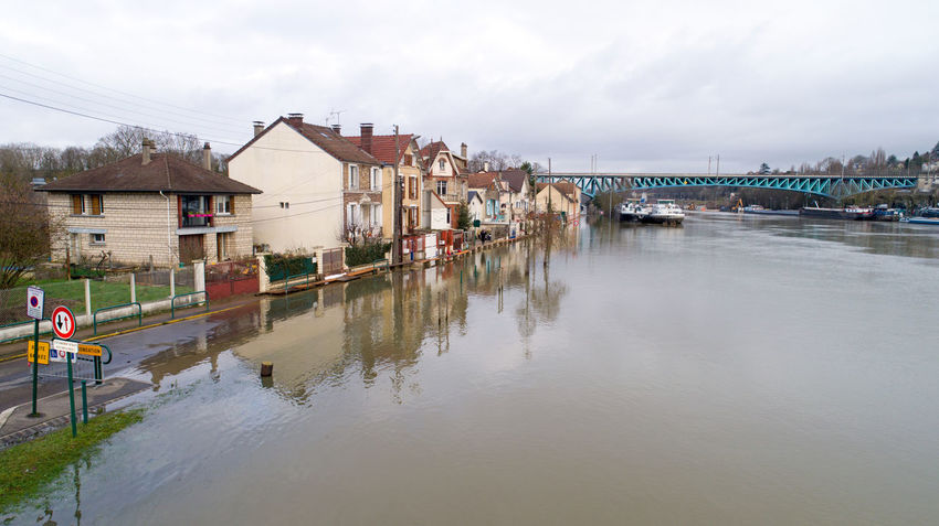Aerial photo of La Seine river flooding in Conflans-Sainte-Honorine, Yvelines, France. January 30, 2018 2018 Conflans-Sainte-Honorine EyeEm Best Shots EyeEm Selects France Rain Rainy Days Seine TheWeekOnEyeEM Aerial Photography Aerial View Boat Day Drone Photography Flood Flooding Grey Sky House Inondations Inundation Natural Disaster Oise  River Water Yvelines