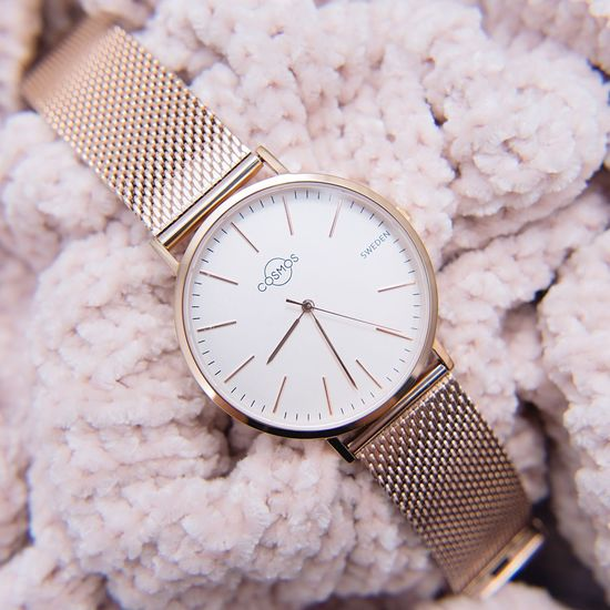 EyeEm Selects Dreamy 🌸💖 Cosmos Sweden Watch Mars in rosé gold Clock Time Clock Face Rose Gold Minimalism Photography Sapphirecrystal Luxury Sweden Fashion Luxury Watches Stainless Steel