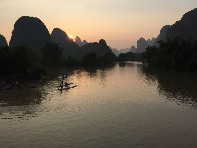 View Sunset River Guilin Landscape Yangshuo