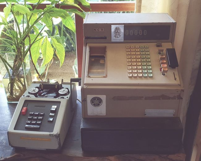 Old Machine  Calculator Machine Cashier  Cash Register Technology Pay Phone Old-fashioned Retro Styled Business Finance And Industry Communication Telephone Booth Convenience