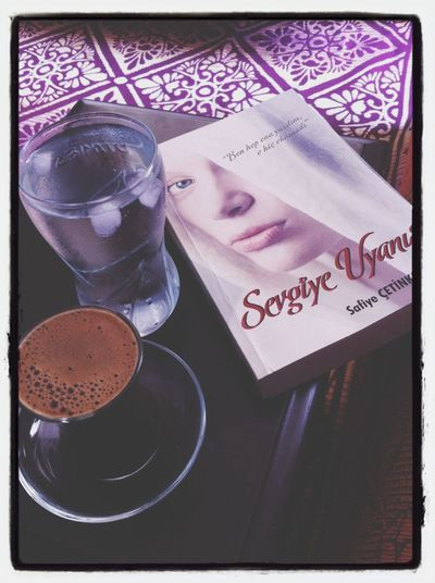 Reading Book Coffee Turkis Coldwater
