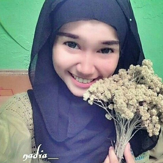 Me Edelweiss hijab beauty Taking Photos First Eyeem Photo Justclick Thats Me ♥