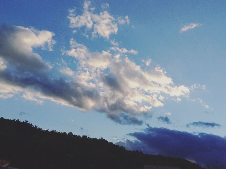 Beauty In Nature Cloud - Sky Low Angle View Nature Outdoors Scenics Sky Tranquil Scene EyeEm Best Shots EyeEm Nature Lover