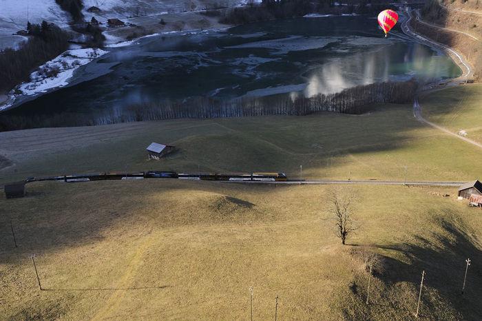 chateau d Oex Berge February Heißluftballon January Landschaft Schweiz Schweizer Alpen Vaud Waadt Winter Air Chaud Day Festival Figuren Landscape Luftfahrt Mountains Nature No Snow  Outdoors Pays D En Haut Schatten Snow Swiss Switzerlandwonderland