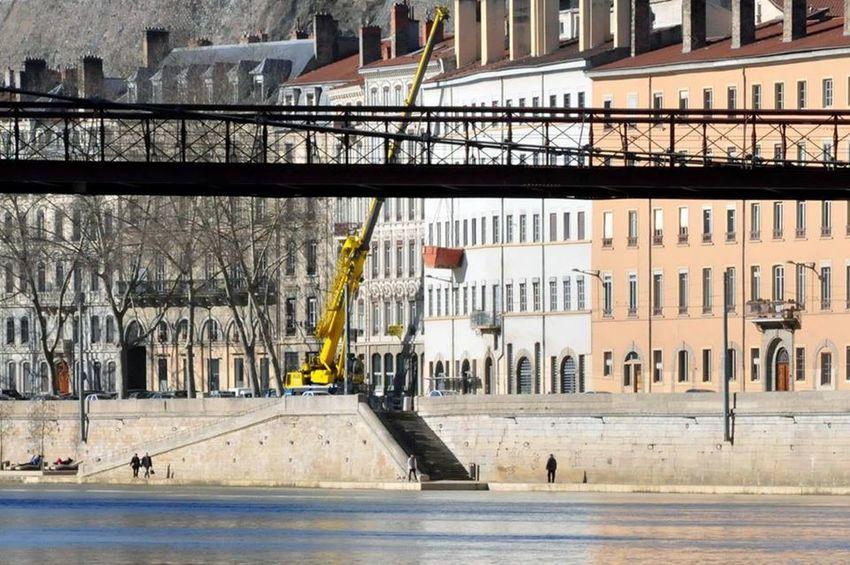 Only Lyon Water Reflections Saone Bridge Kran Eyelyon Streetphotography Brücke Yellow Lyon