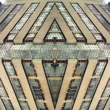 Symmetrybuff