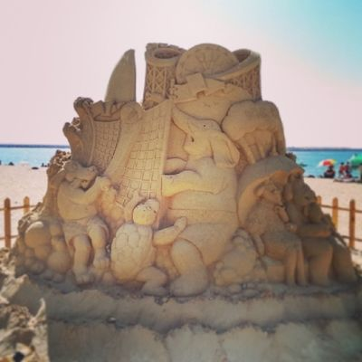 Amazing sand sculpture in Jbr Dubai