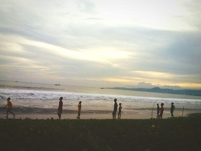 Hi! Pelabuhanratu SORE Sukabumi INDONESIA Beachphotography Beach Exploreindonesia Lgl5 Wisatasukabumi
