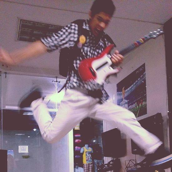 Guitarhero Guitar Nicepic Bigjump AWESOME!