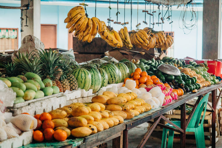 Food Food And Drink Healthy Eating Fruit Freshness Retail  Market Large Group Of Objects Choice Wellbeing Market Stall For Sale Variation Orange Color Banana Business No People Arrangement Day Abundance Orange Retail Display Organic Sale Ripe The Foodie - 2019 EyeEm Awards