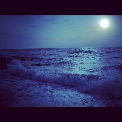 Ostsee bei Nacht