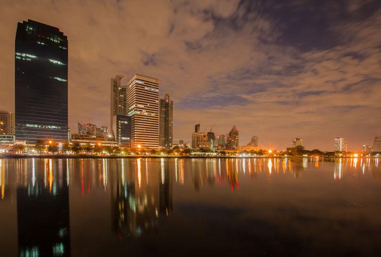 Twilight benjakiti park in bangkok, thailand