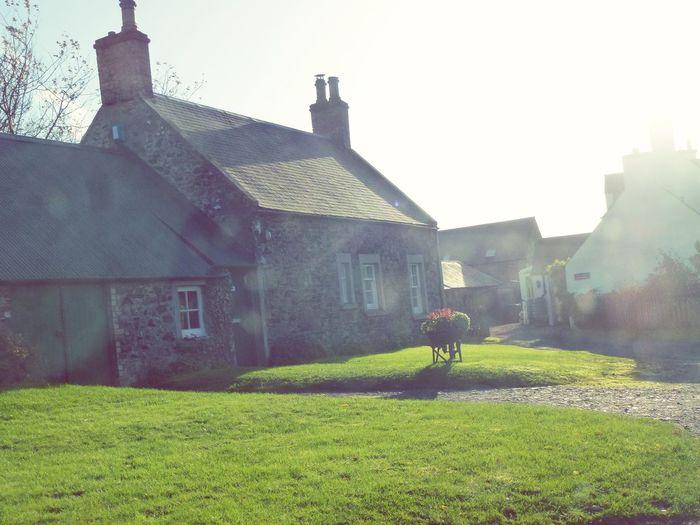 Scotland Scotland 💕 House Garden Little House Scottish House Village Stone House