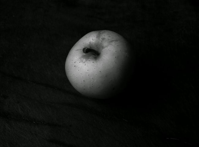 Blasted Little Things Apple Photography Apple Objects Of Interest Object Photography Black And White Collection  Black And White Photography Black & White Black And White Colour Of Life Color Palette Vein Eyeem Photo Light And Shadow Light And Darkness  PhonePhotography Monochrome Photography