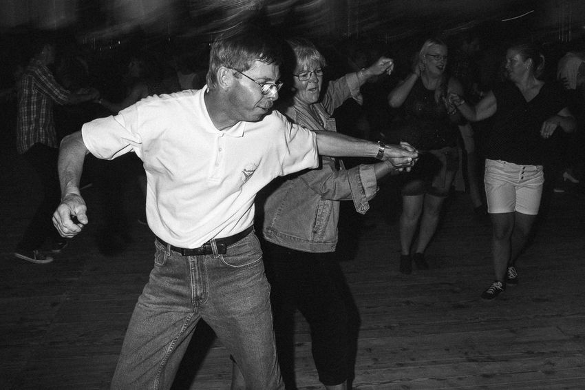 From my ongoing project on dancing that I've been working on for the last four years. Black & White Dance Dancing JJ's Dance Series The Photojournalist - 2018 EyeEm Awards The Street Photographer - 2018 EyeEm Awards B&w Blackandwhite Bw Lifestyles Real People