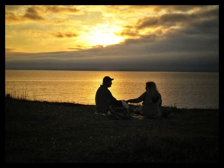 Aging Pure Love Love Lovecouple Sunset Beach Sea Horizon Over Water Silhouette Two People Sitting Togetherness Relaxation Friendship Scenics Bonding People