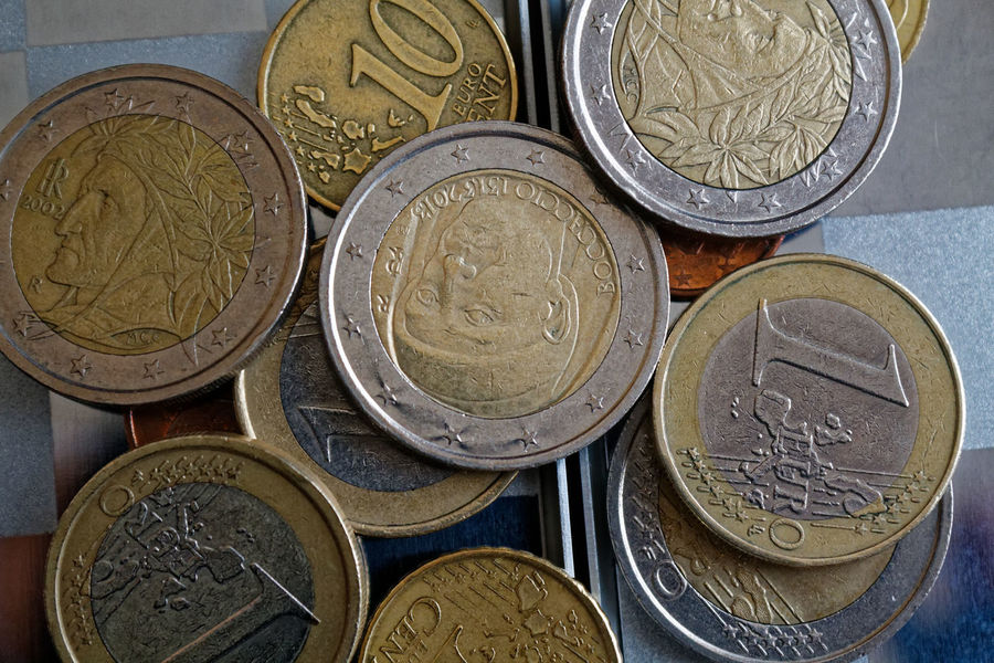 Business Currency Money Money Money Piggy Bank Wallet Backgrounds Banking Close-up Coin Coins Coins On The Table Day Euro Coins Euro Currency Finance Full Frame Indoors  Investment Money No People One Euro One Euro Coin Saving Saving Money Savings
