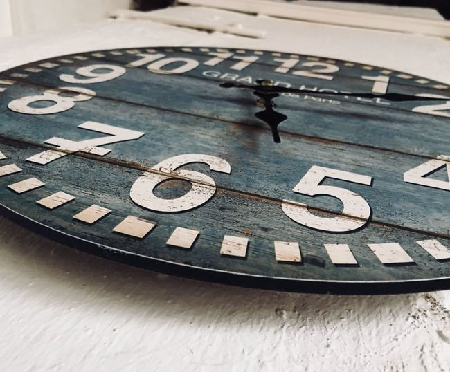 Number Close-up No People Text Communication Indoors  Day Time Roman Numeral Clock Vintage Retro Retro Style Uhr Alt Focus Zahlen Land Flair Landlust EyeEmNewHere Bauernhof Blue Style Look