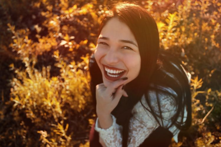 Women Around The World Smiling Happiness Only Women One Woman Only Cheerful Brazil One Moment Autumn Colors Sun Women Who Inspire You