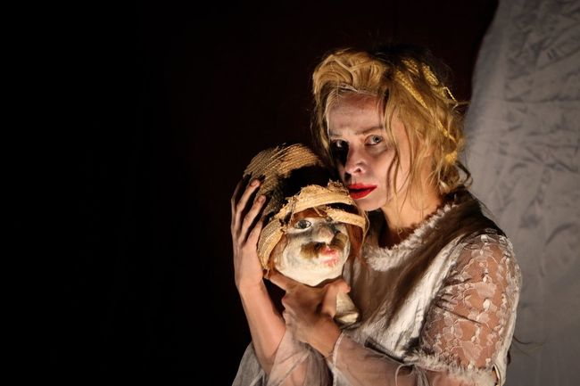 Scary Scene Night Nightphotography Theater Show Theater Photography Theater Women Indoors  People Adult Portrait Arts Culture And Entertainment Waist Up Females