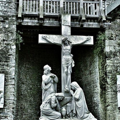 Conwy Wales Saint Michaels catholic church jesus snapseed instapic 365cz fmcz amen crucifix photo drama effect grey