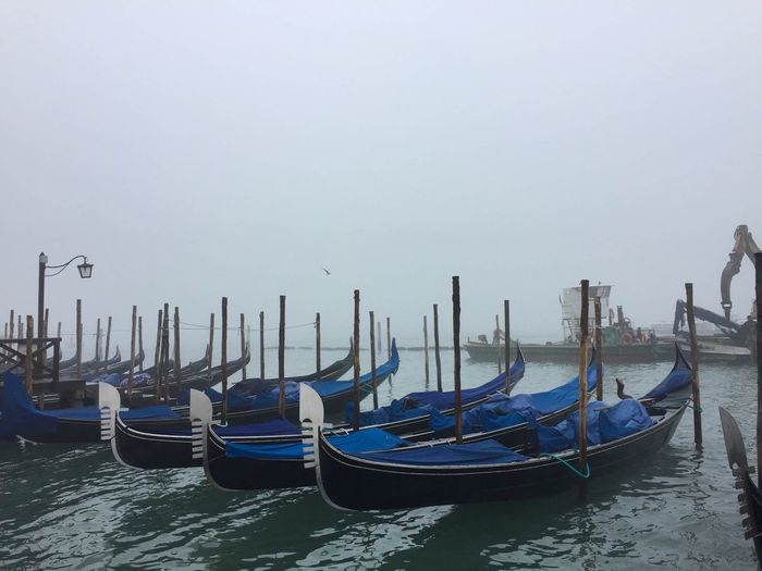 Water Gondola - Traditional Boat Transportation Cultures Sky Outdoors Nature Beauty In Nature Architecture Streetphotography Like Canon Art