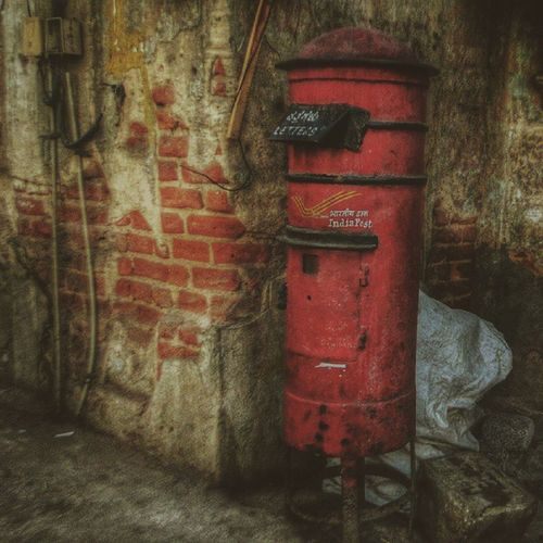 Red Vscocam Getgalvanised Squareinmysquare Taar Daak
