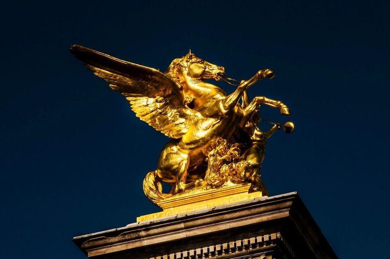 Europatour/Paris/Pegasus©Dursun- Franz Gürel