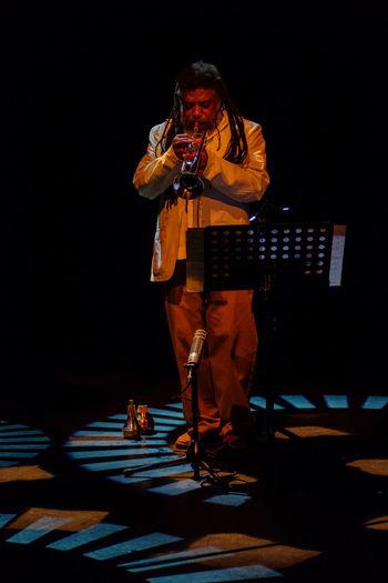 Vijay Iyer & Wadada Leo Smith. Concert of January 8, 2017 at Lantaren/Venster, Rotterdam. Avant-garde  Concert Fujifilm Iso12800 Jazz Music Piano Rotterdam Trumpet