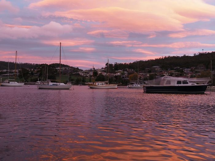 Another photo of the amazing sunset on Sunday Sunset EyeEm Sunset Collection Sailboats Geilston Bay Tasmania Bay Water Reflections Pastel Sky EyeEm Nature Lover Olympus OM-D E-M5 Mk.II Edited With Snapseed Nature Is Art
