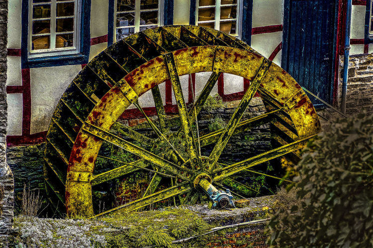 Architecture Hdrphotography History Mill Wheel Mühlrad No People Outdoors Rusty Streetphotography Wasserrad Water Wheel Watermill Weathered