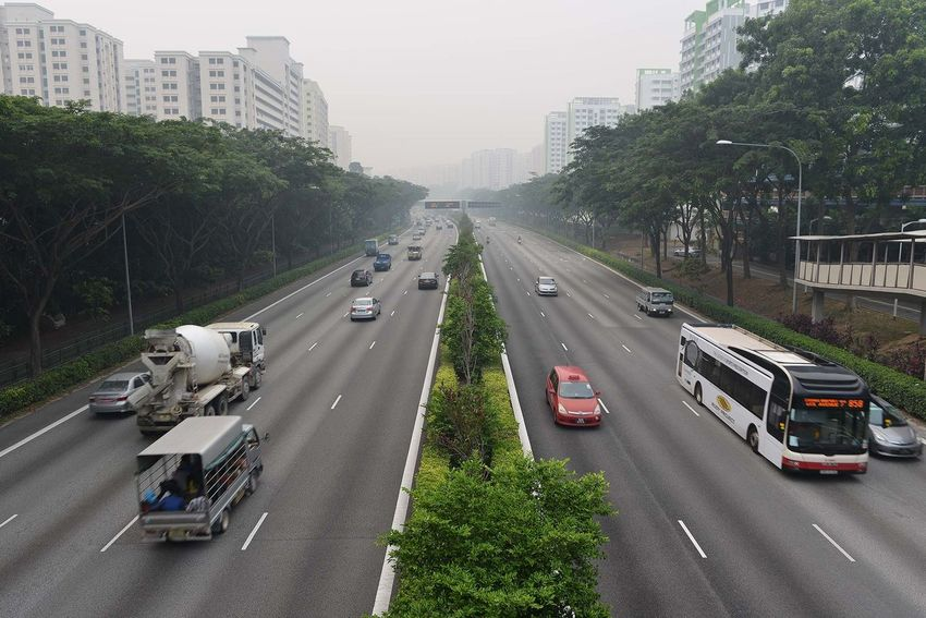Car Diminishing Perspective Haze Hazy Days Leading On The Move Perspective SGhaze Singapore The Way Forward Day Highway Expressway Traffic