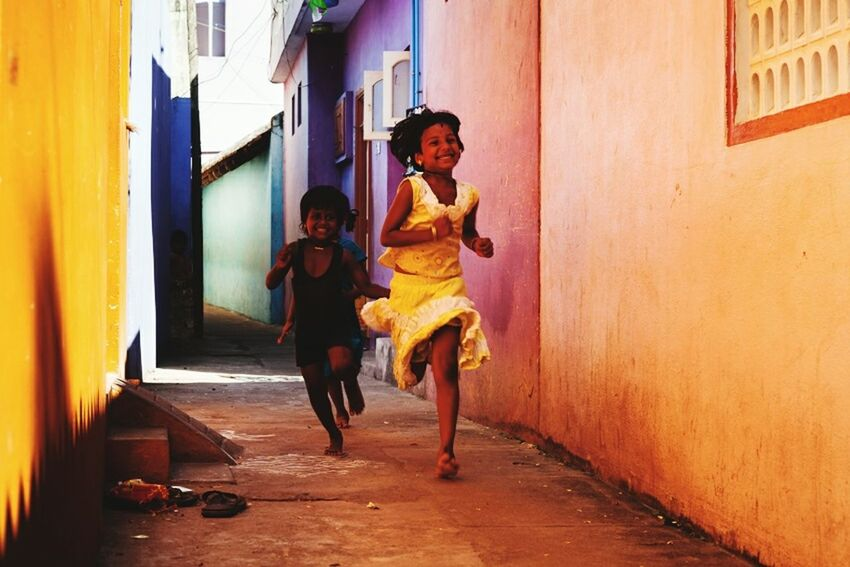 Fun Childhood Kids Play Colors Travel Photography Marji Lang Photography Tamilnadu Mamallapuram Colorful Children Run Running Playing Enjoying Life Joy Joyful Moments Motion Have Fun Girl Power
